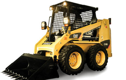 The Cat 216B3 is fitted with load sensing hydraulics.